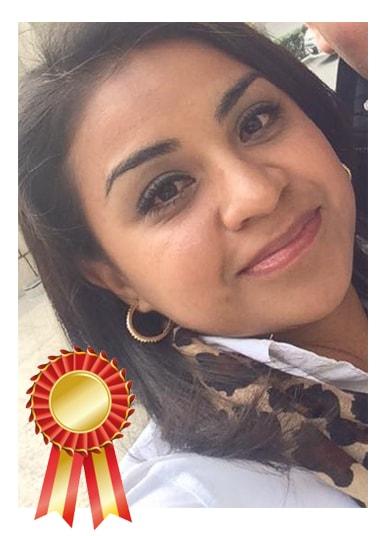 Foto-Asesora-Elvira-Premio-min